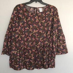Time and Tru beautifully flowered blouse